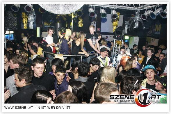 Single party leoben